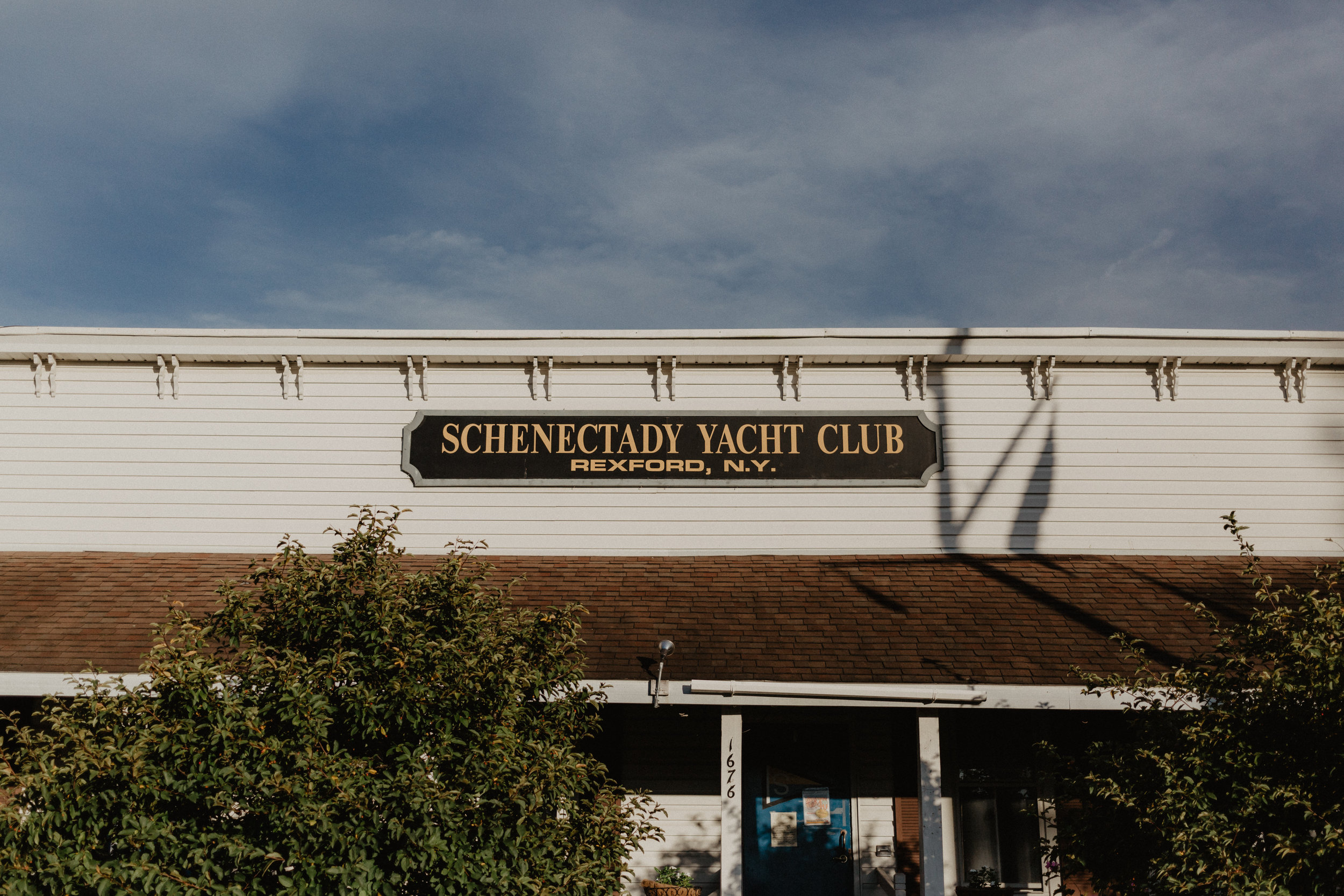 schenectady-yacht-club-engagement-2.jpg