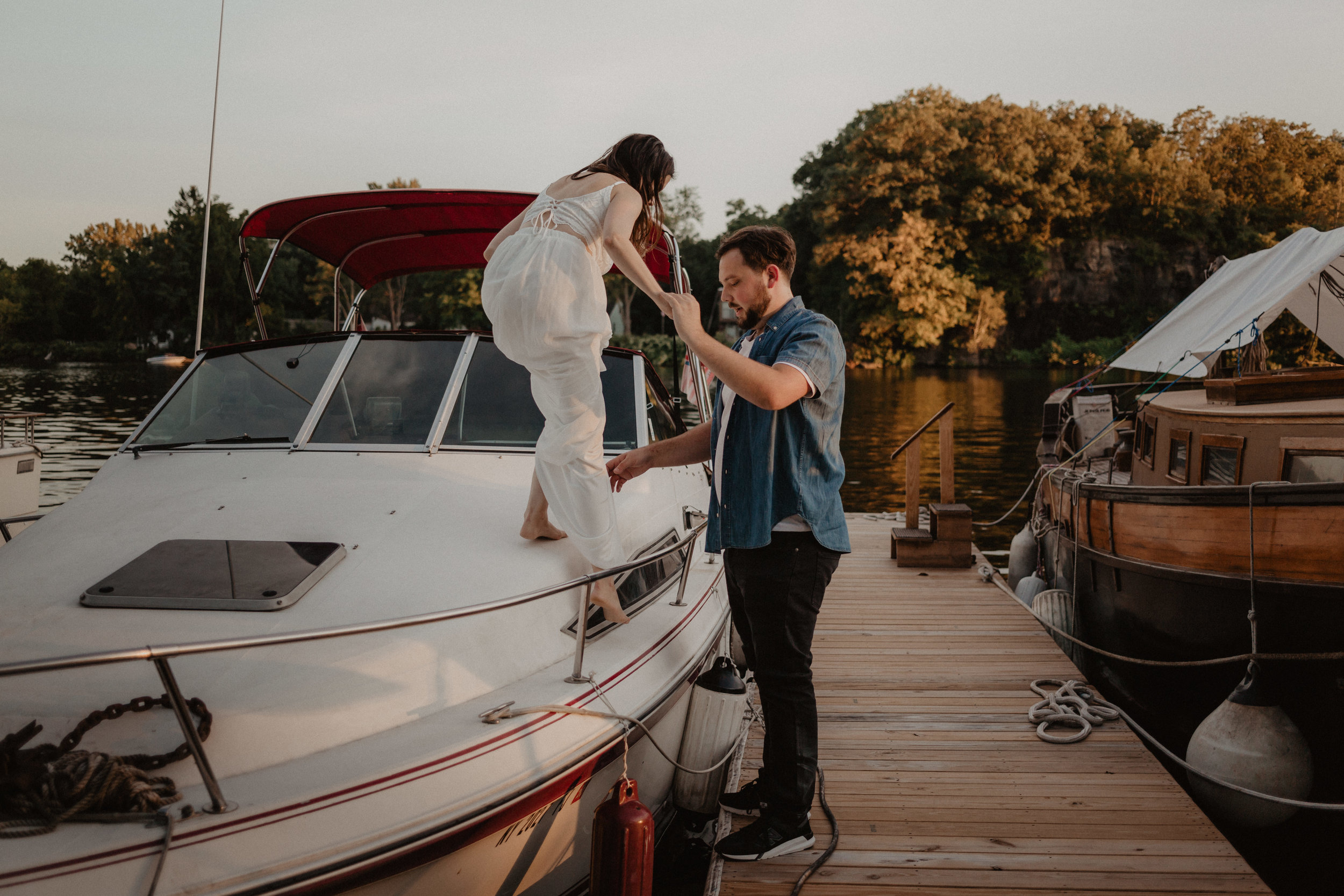 schenectady-yacht-club-engagement-31.jpg