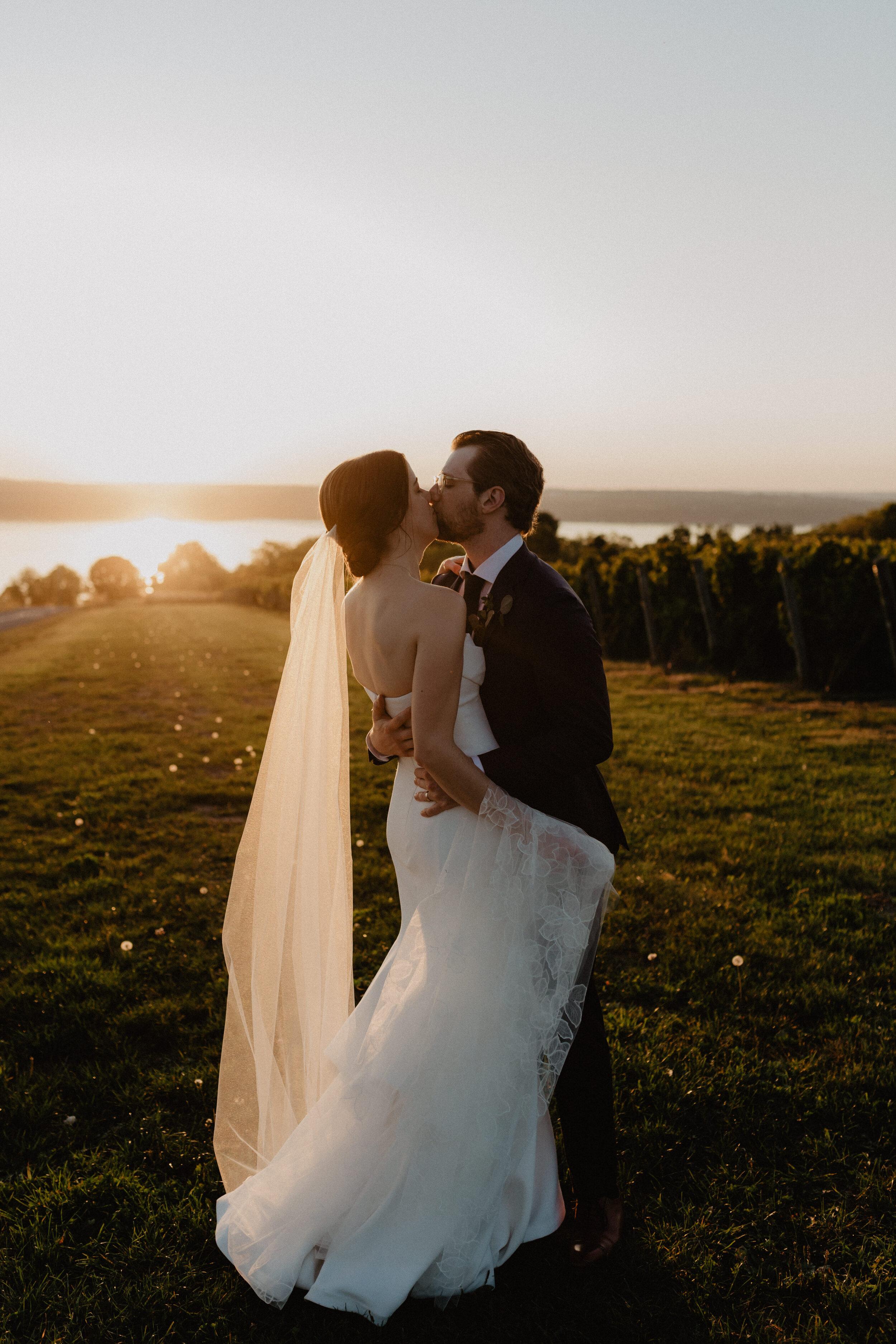 finger-lakes-wedding-050.jpg