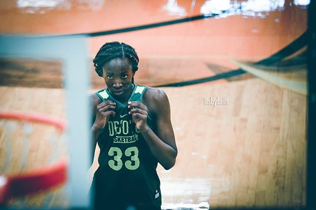 You're worthy of the greatness you hold🏀👸🏾|| @minatootall ➡️ swipe