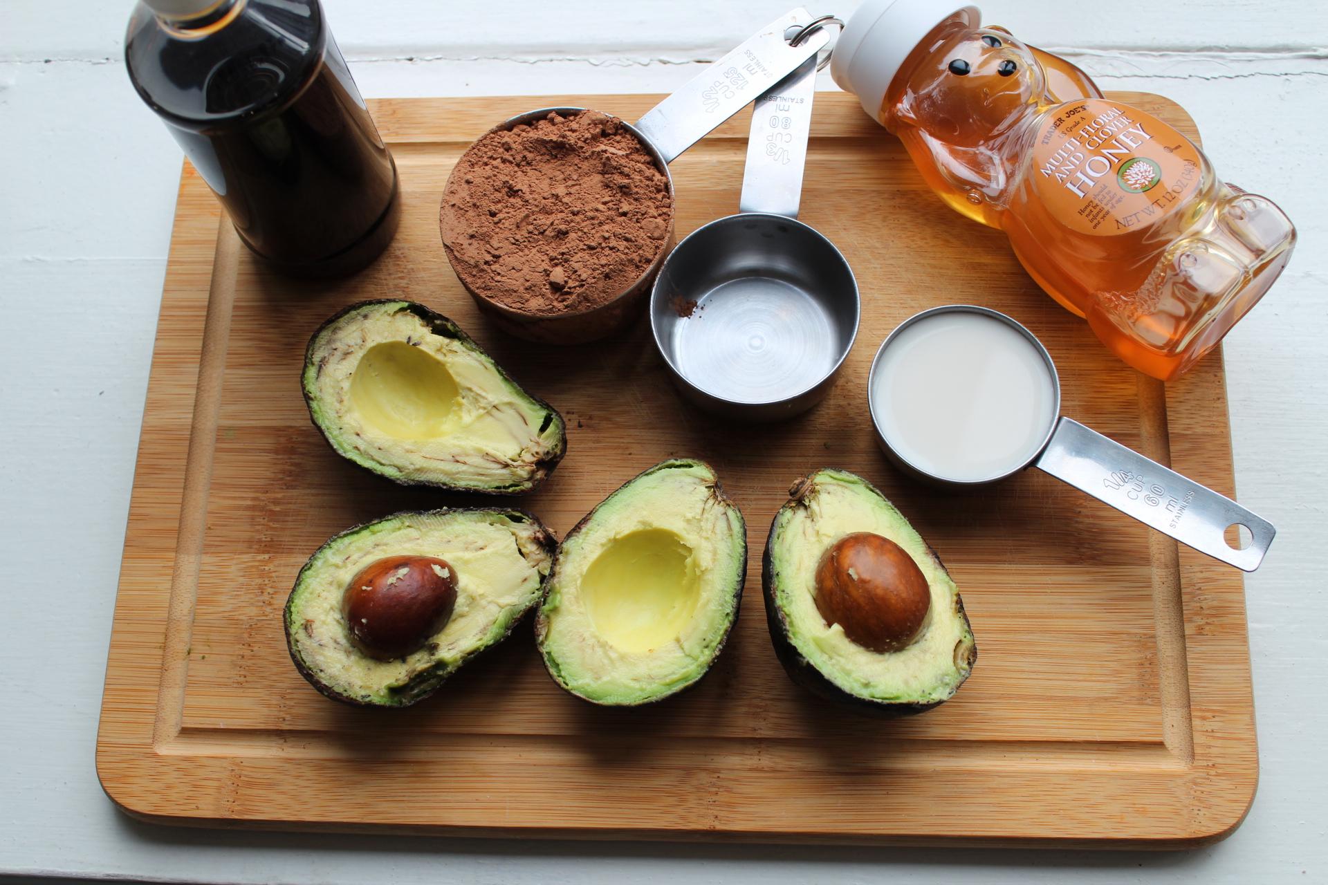 chocolate-avocado-pudding-recipe