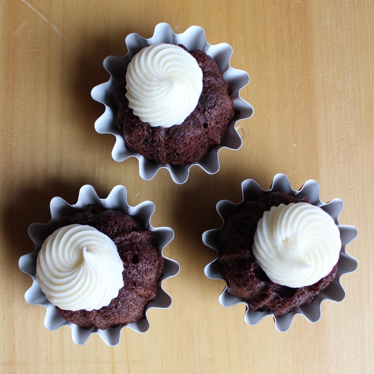 best-desserts-boulder-colorado-nothing-bundt-cake