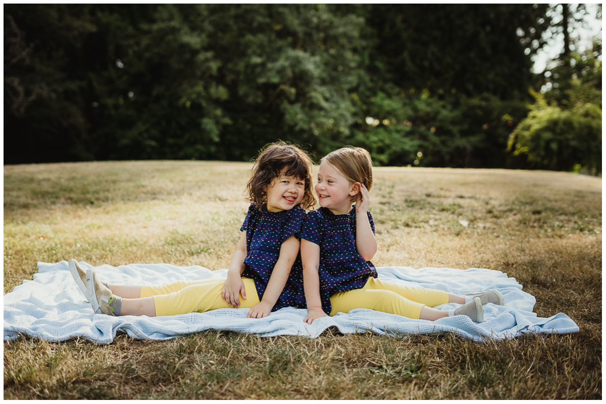 Lifestyle family photographer sherwood oregon