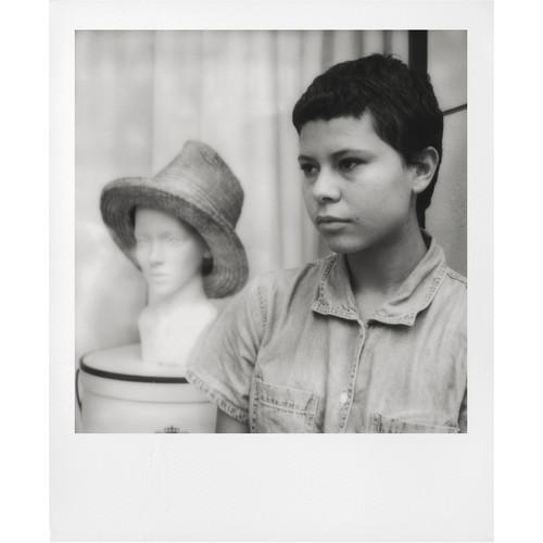 Black & White i-Type Instant Film