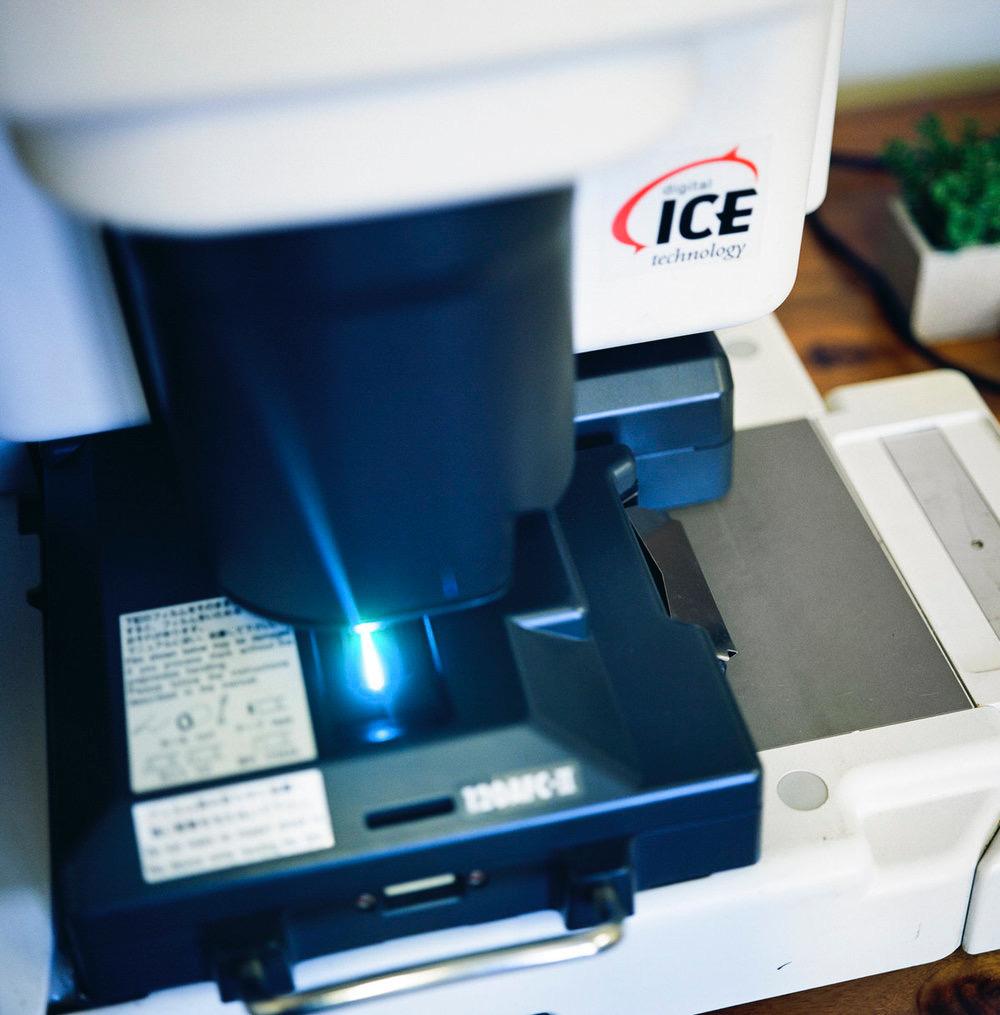 noritsu HS-1800 scanner