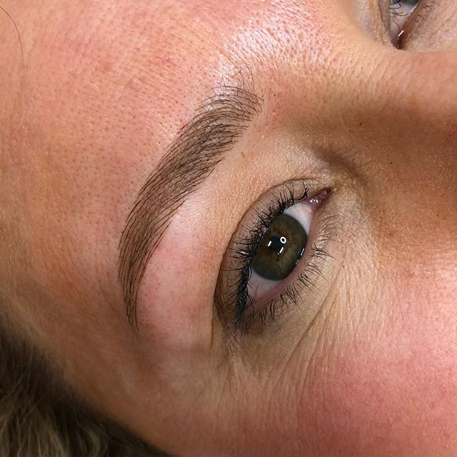 Soft lighter coloured feathering to accentuate a thinning brow, we corrected asymmetry and have these brows a new lease on life taking years of her face.