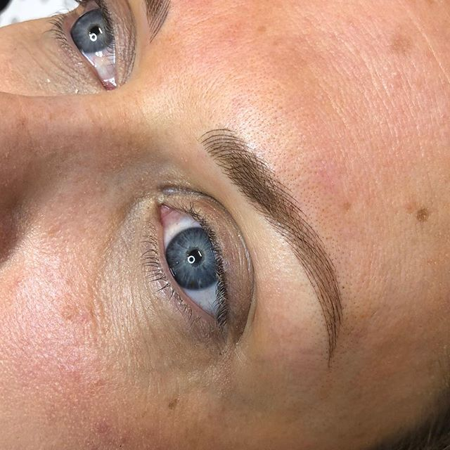 In my opinion a good set of brows frames the face and adds years back!! These brows are fine to suit her facial features and will heal to a soft blonde colour.