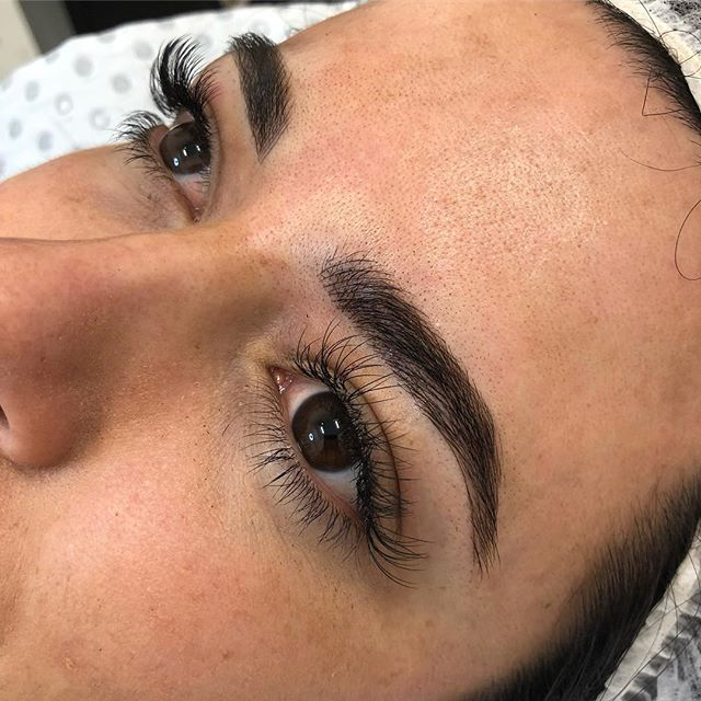 This gorgeous lady had amazing brows but they were very gappy, head over to my story to check out the before and after shots!