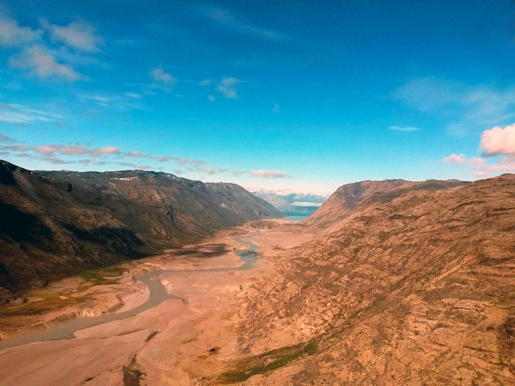 Kangerlussuaq-Paradise-Valley2.jpg