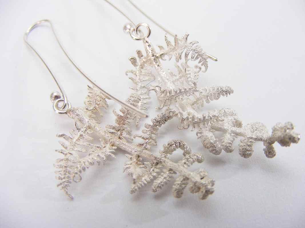 Fern leaf earrings (Bracken, curling fronds) NBE007.jpg