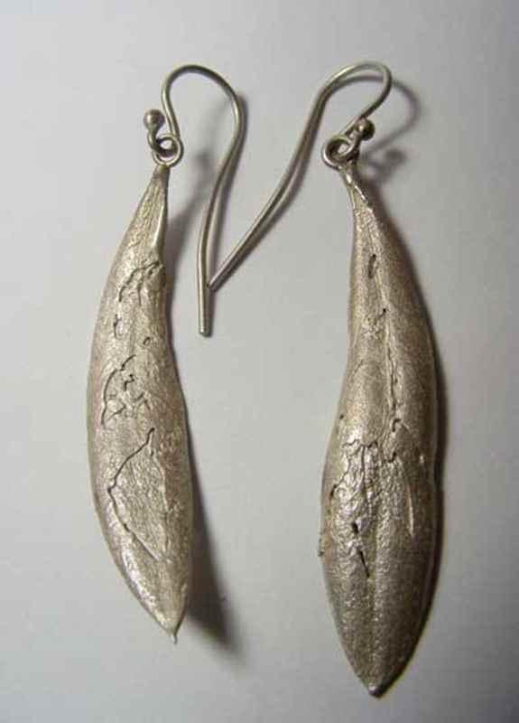 Olive leaf earrings (i) NBE029.jpg