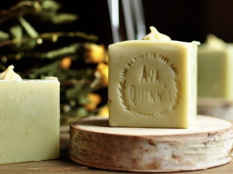 Ava Quinns     - 100% Organic, Vegan Skin Care