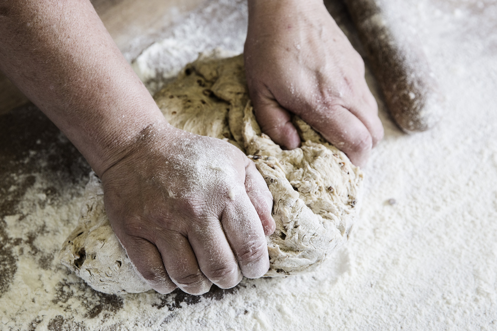 The Crusty Cob - Devon Family Bakery