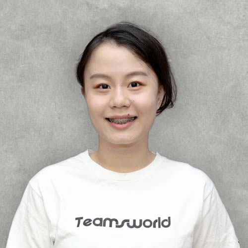 "MINNA HUANG - BUSINESS ADMINISTRATOR""Complete D&S internal administrative work, so the team can work hard in their own positions without any worries!"""