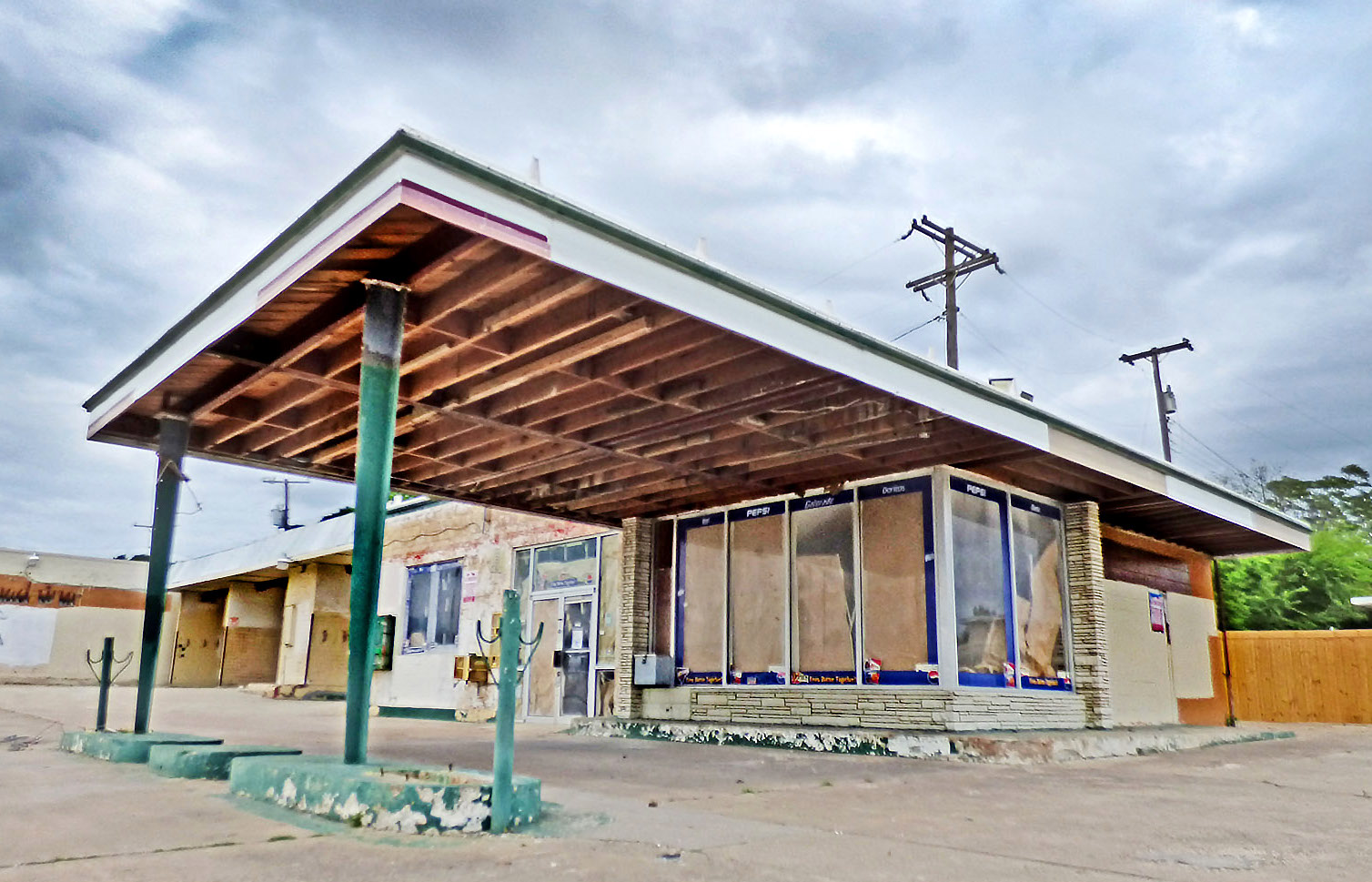 Rezoning may help activate vacant spaces like this former gas station at 2003 S. Edgefield.