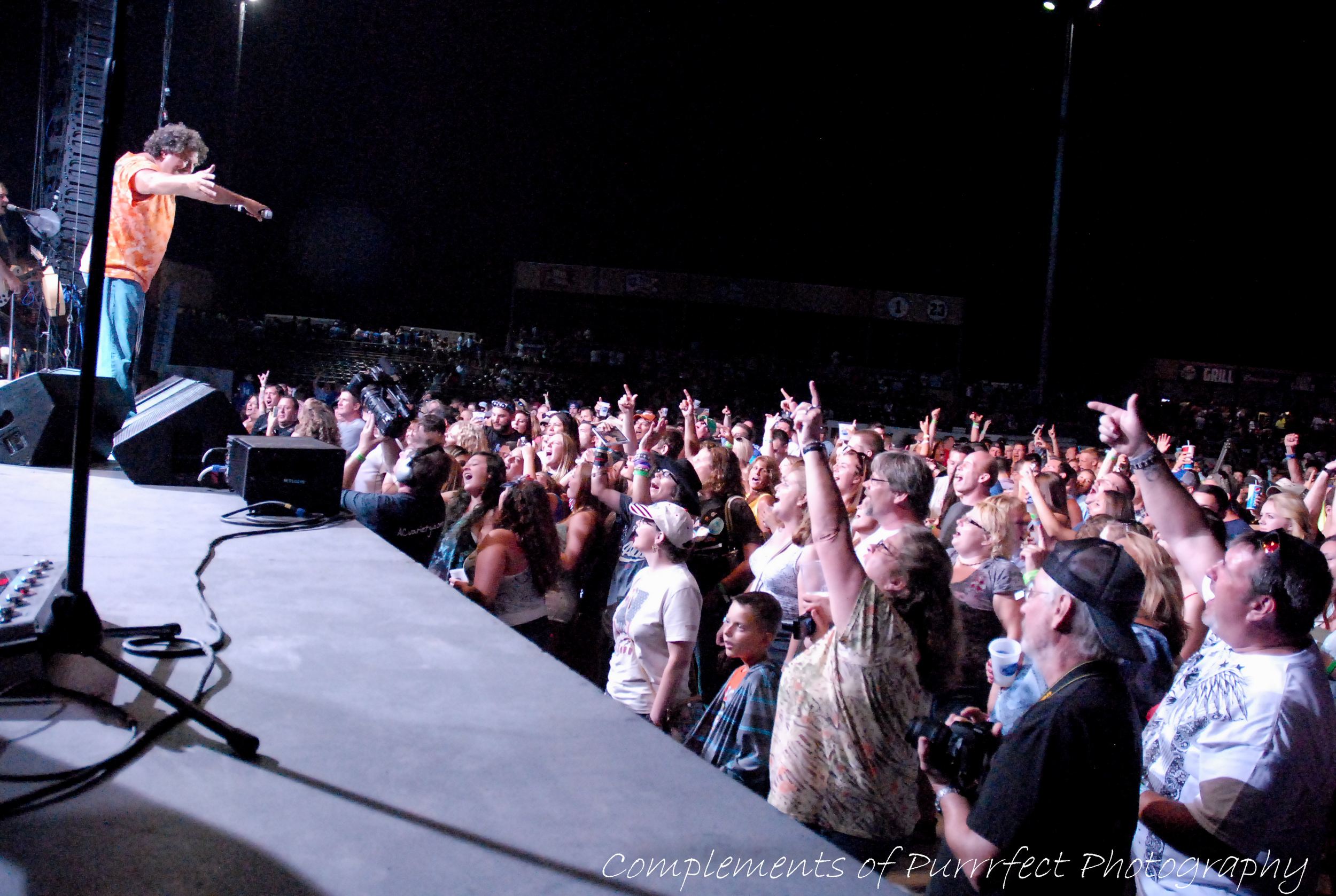 Weishfest 2014-Rodney Atkins.jpg