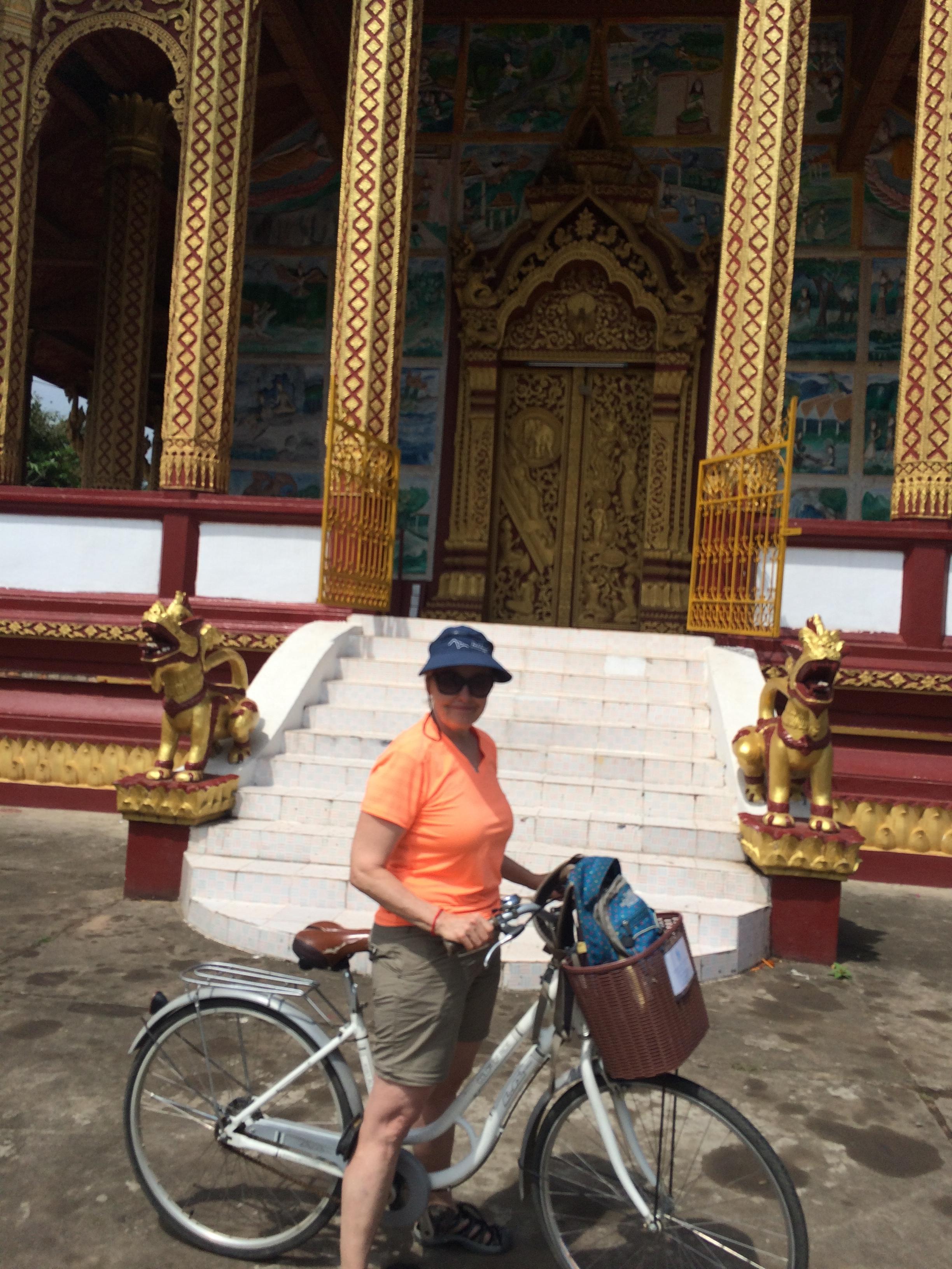 Our bike trip around the Wats