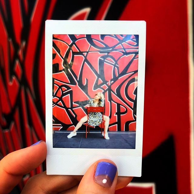 Poloroidin #nailartbymolly #citizenm #bowery #nyclife #red #renttherunway #poloroid