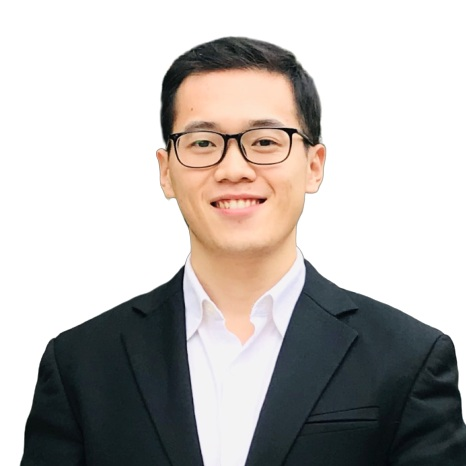 Samuel Luo - Director of External Affairs   cluo18@schulich.yorku.ca   As the Director of External Affairs and Co-Founder of SSIF Investment fund, Samuel is passionate about bringing Schulich Students more external opportunities regarding investment, networking, and case competition.   He is an MBA student with the specialization in Finance. Samuel co-founded his own start-up hedge fund focusing on Chinese/Hong Kong's equity & commodity market, in which he participated in fundraising and lead the quantitative investment department. Samuel later served as a senior PE/VC investment manager at Harmony Capital in Shenzhen, China where he closed 3 major deals in various rounds of financing with Tech start-ups and an M&A transaction in the elderly-care industry. He holds a Bachelor of Science in Applied Math, Statistics, and Economics from the University of Illinois at Urbana-Champaign.