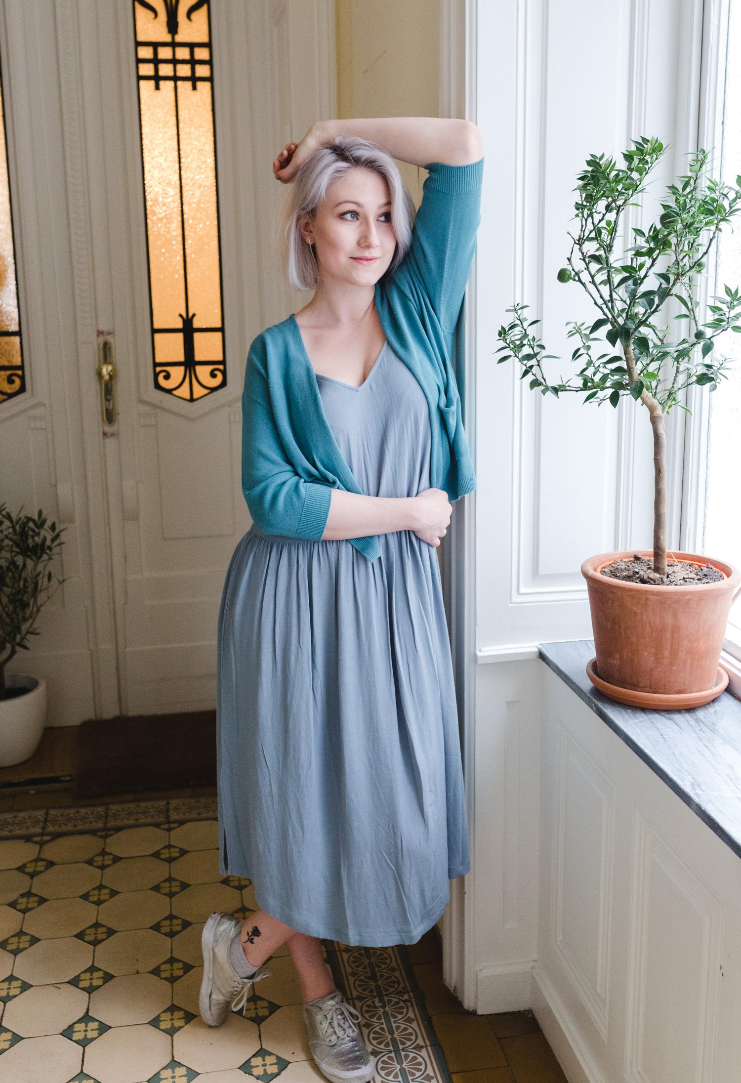 Kleid von American Vintage    IN DER BOUTIQUE 8. AUF ANFRAGE ERHÄLTLICH