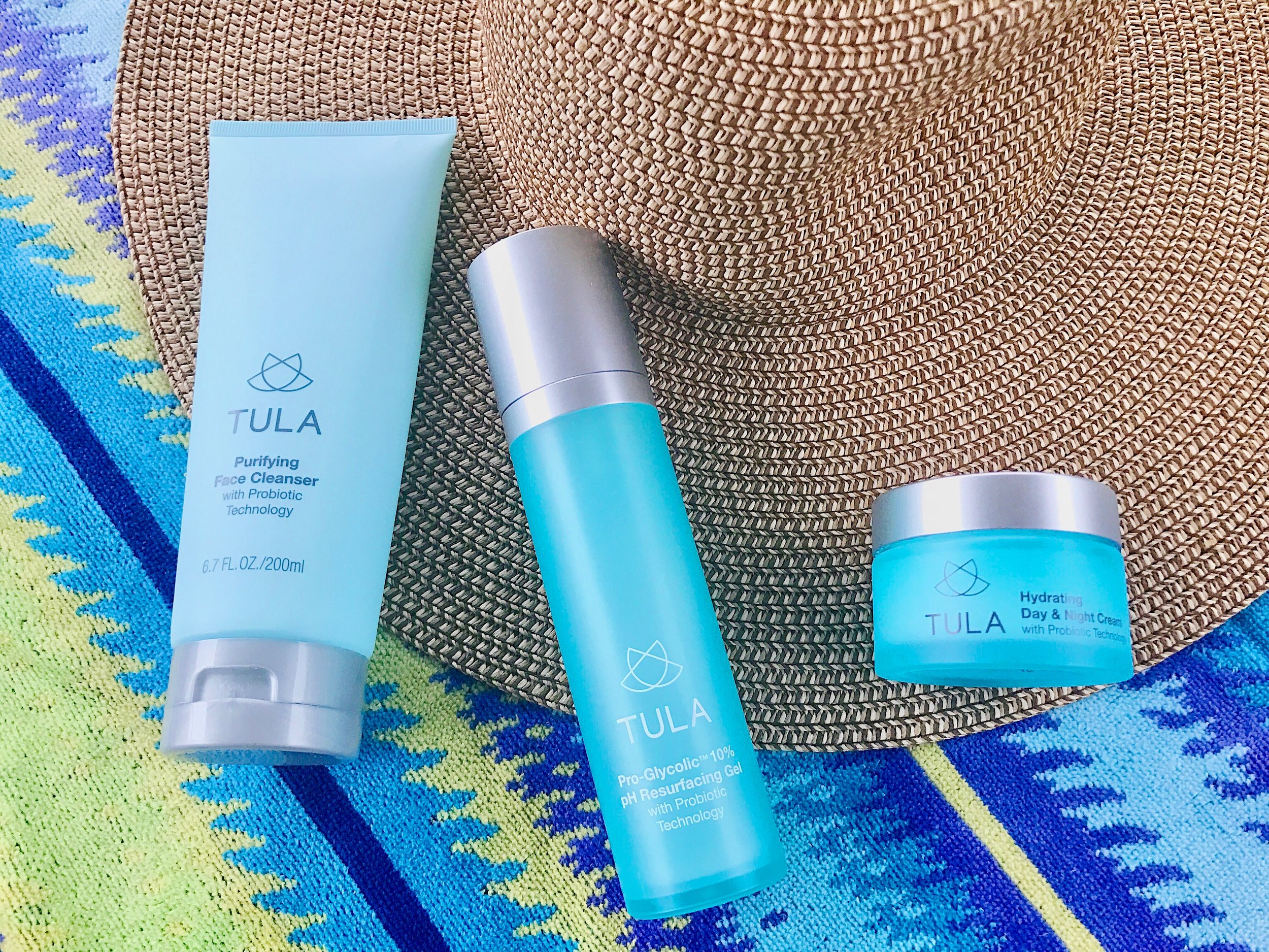 Summer Skin 3-Step Routine including the  Hydrating Day & Night Cream