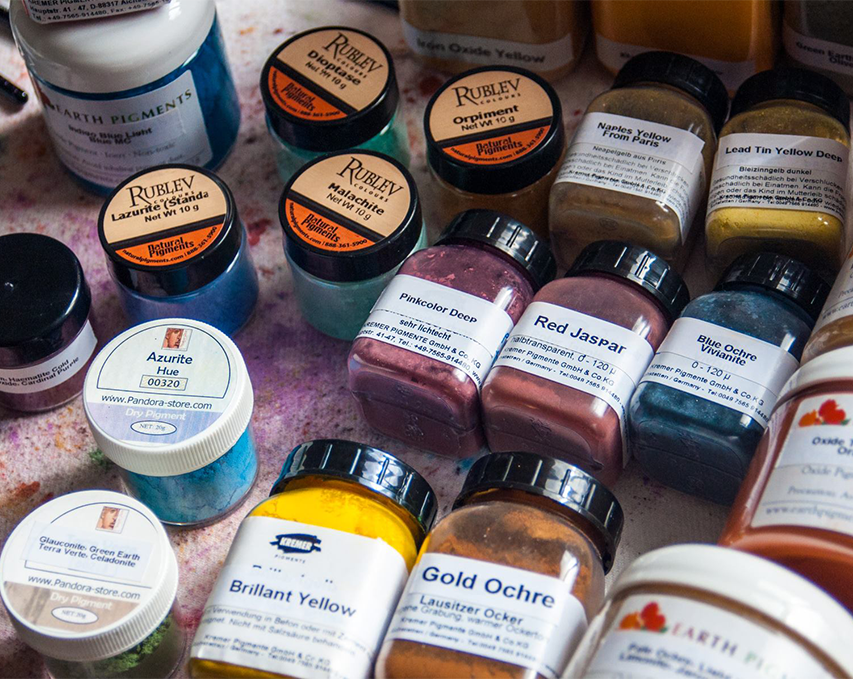 Examples of a few powdered pigments.