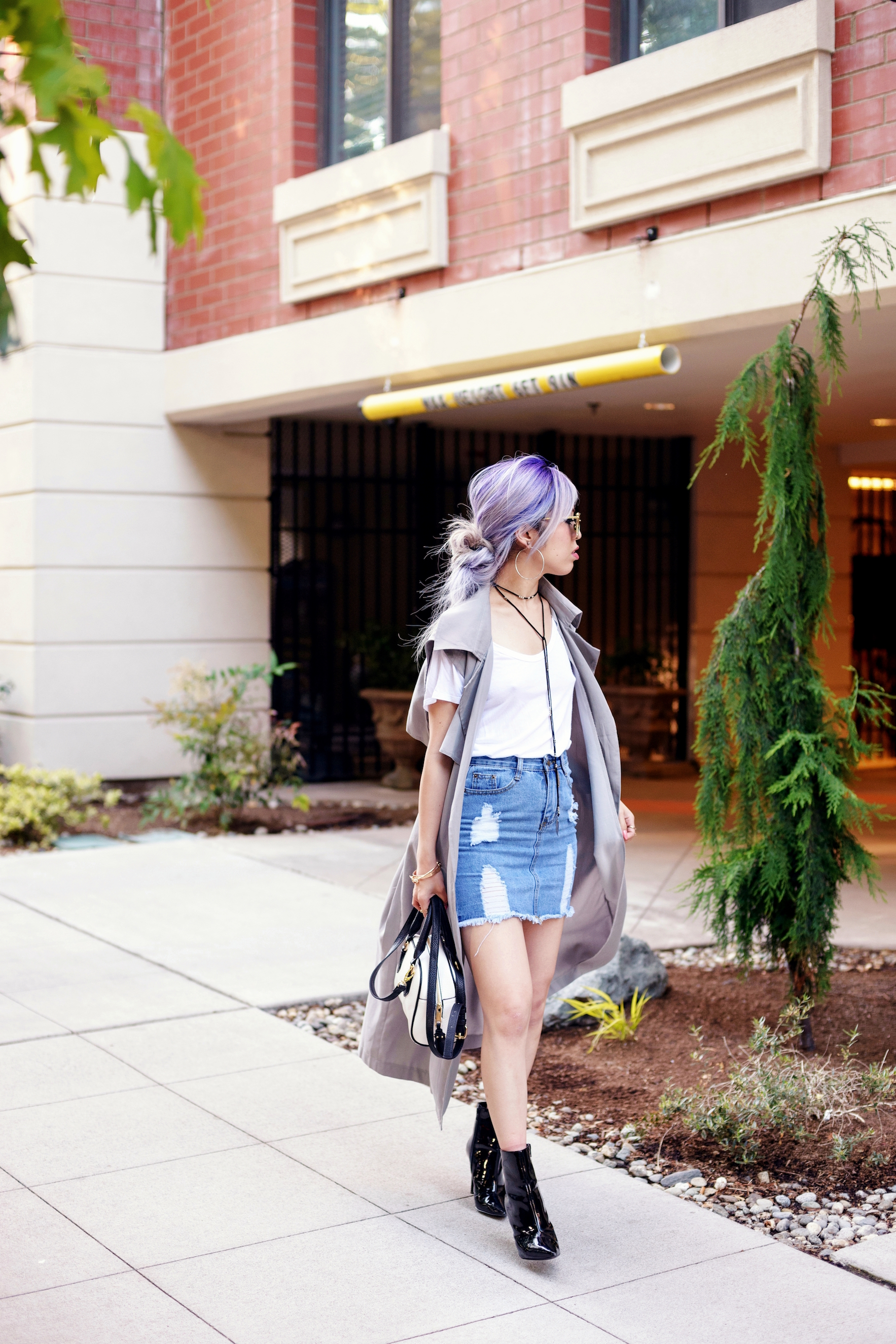 Dezzal Grey Trench Coat_TOPSHOP White T-shirt_She Inside Highwaisted Denim Mini Skit_ALDO Patent Boots_ZARA Mini Bag_Suede Choker_Daniel Wellington Watch_Aikas Love Cloeset_Seattle Fashion Blogger from Japan_Lavender Hair_Messy low bun Hair 11