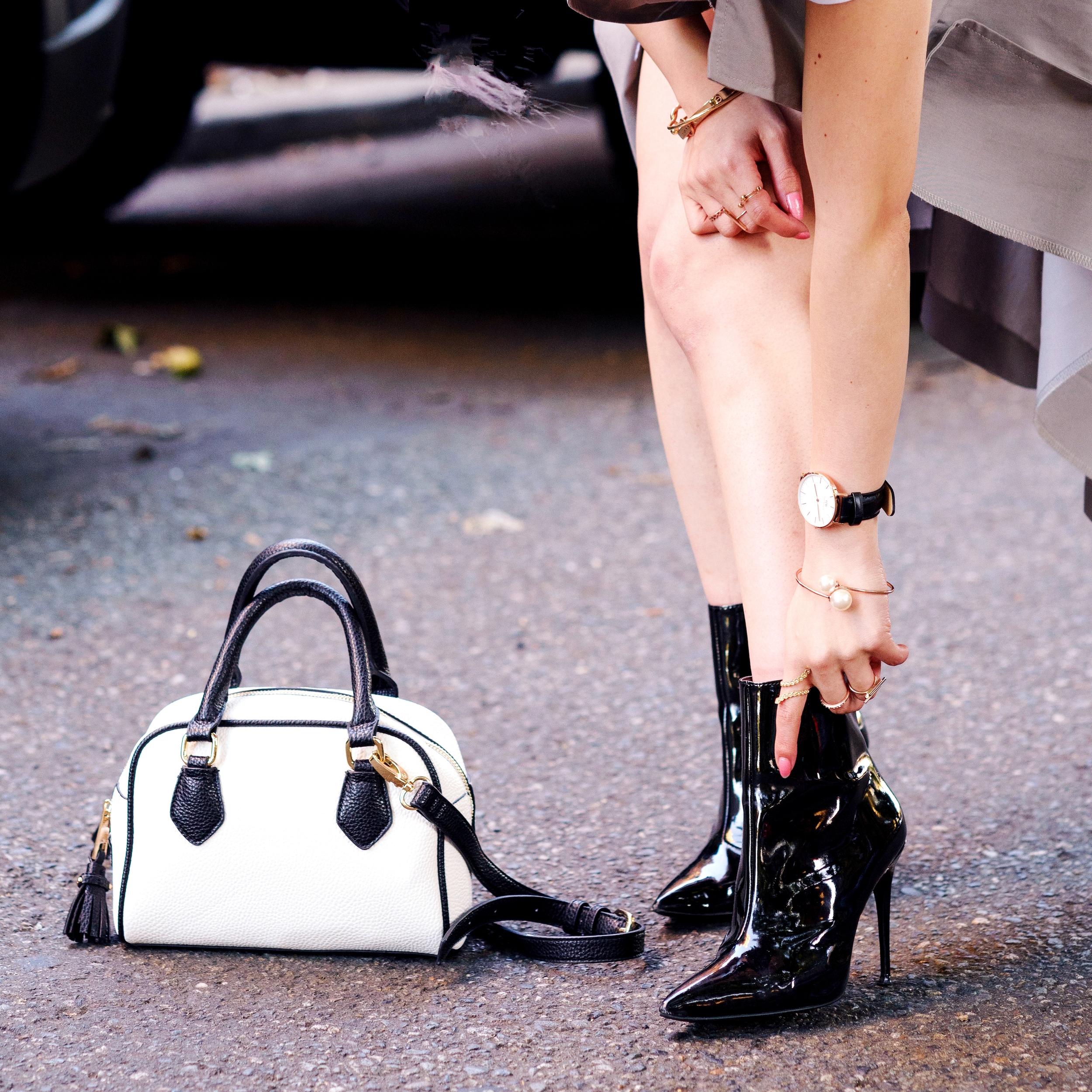 ALDO Patent Boots_ZARA Mini Bag_Daniel Wellington Watch_Aikas Love Cloeset_Seattle Fashion Blogger from Japan_Lavender Hair_Messy low bun Hair 2
