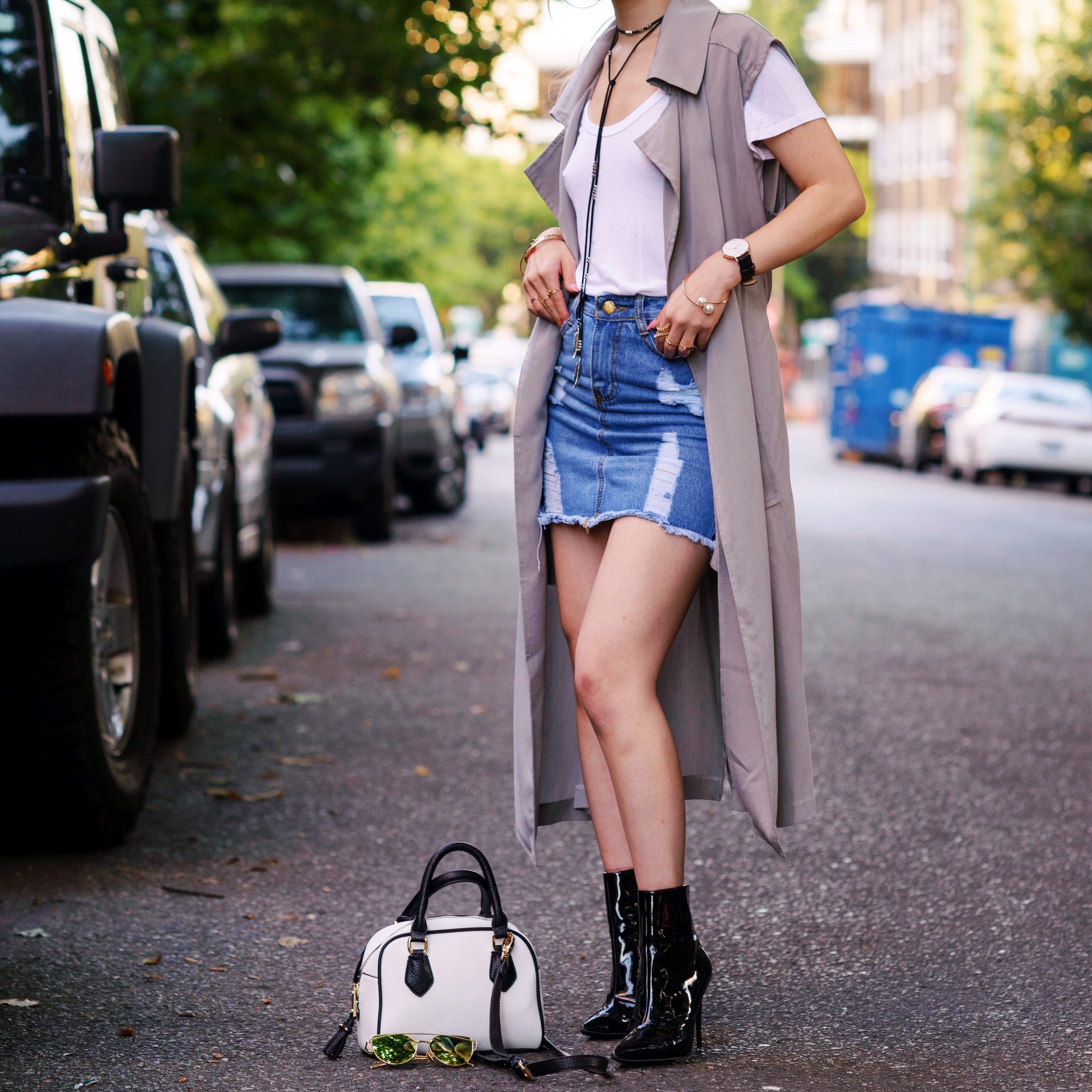Dezzal Grey Trench Coat_TOPSHOP White T-shirt_She Inside Highwaisted Denim Mini Skit_ALDO Patent Boots_ZARA Mini Bag_Suede Choker_Daniel Wellington Watch_Aikas Love Cloeset_Seattle Fashion Blogger from Japan_Lavender Hair_Messy low bun Hair 15