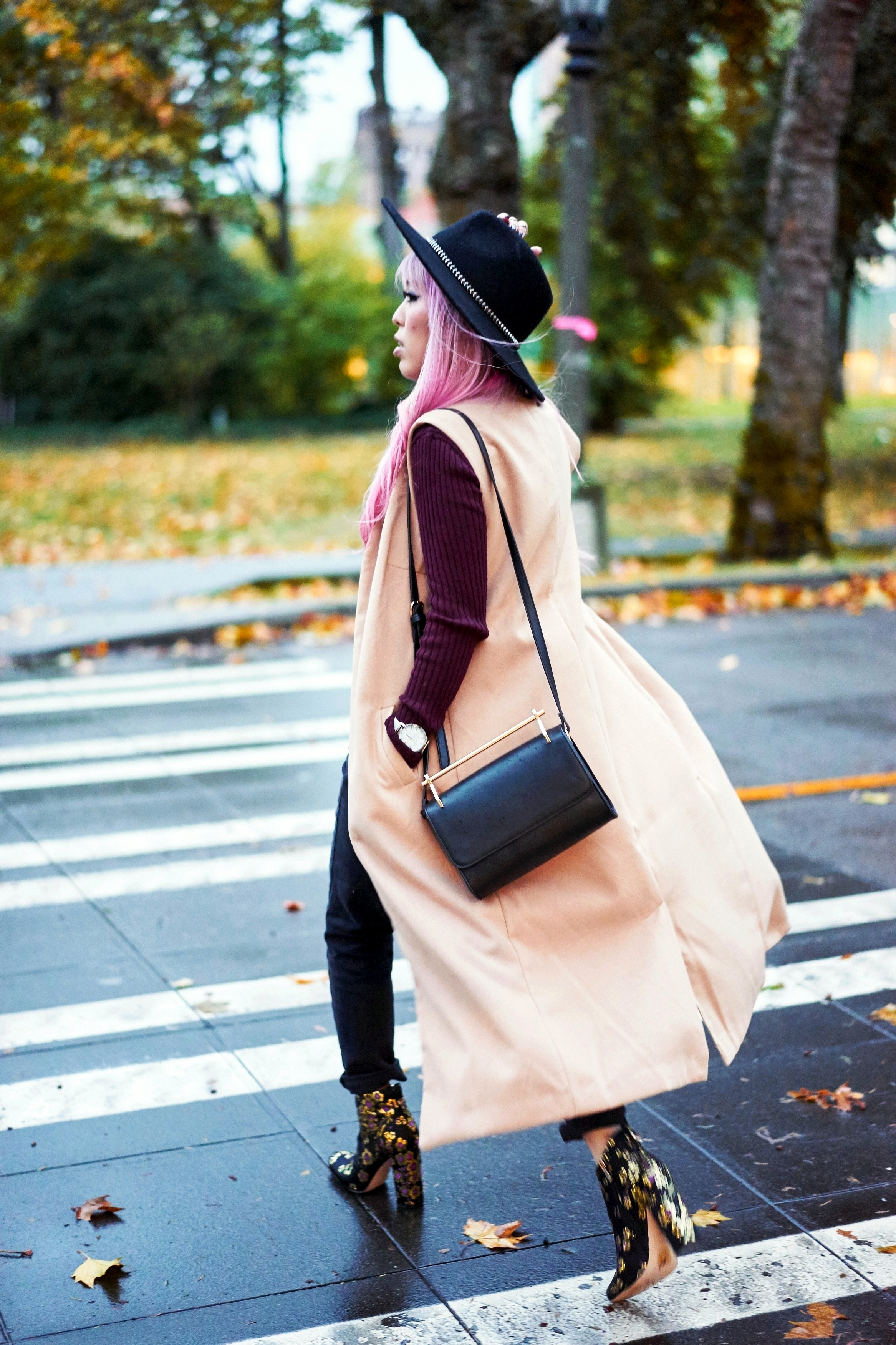 Forever 21 Fedora_Who What Wear : Target Rib Turtleneck_ASOS High Waist Mom Jeans_Ego Floral Print Ankle Boots_Christian Paul Marble Watch_Aika's Love Closet_Seattle Fashion Blogger_Japanese_Pink Hair 4