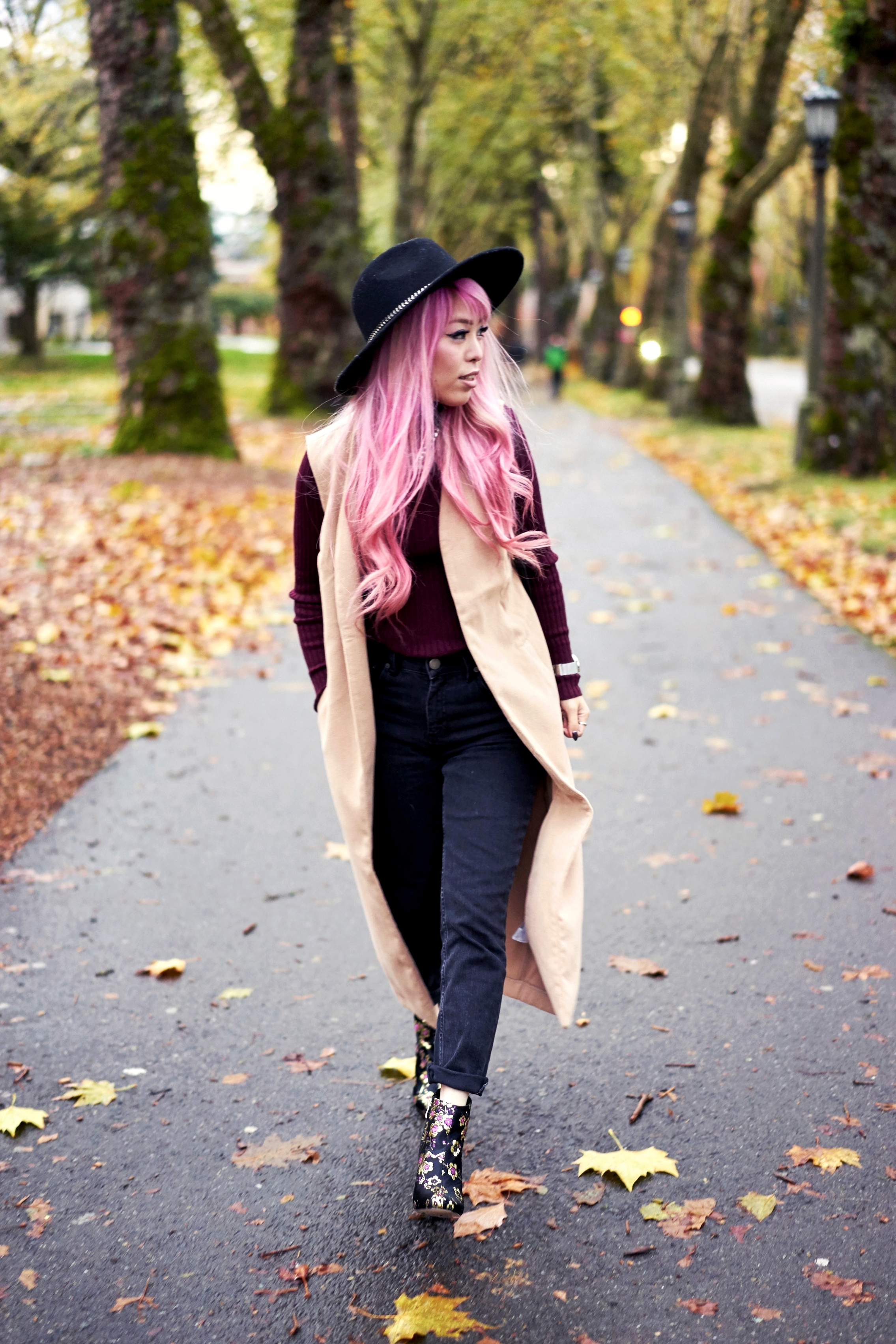 Forever 21 Fedora_Who What Wear : Target Rib Turtleneck_ASOS High Waist Mom Jeans_Ego Floral Print Ankle Boots_Christian Paul Marble Watch_Aika's Love Closet_Seattle Fashion Blogger_Japanese_Pink Hair 5