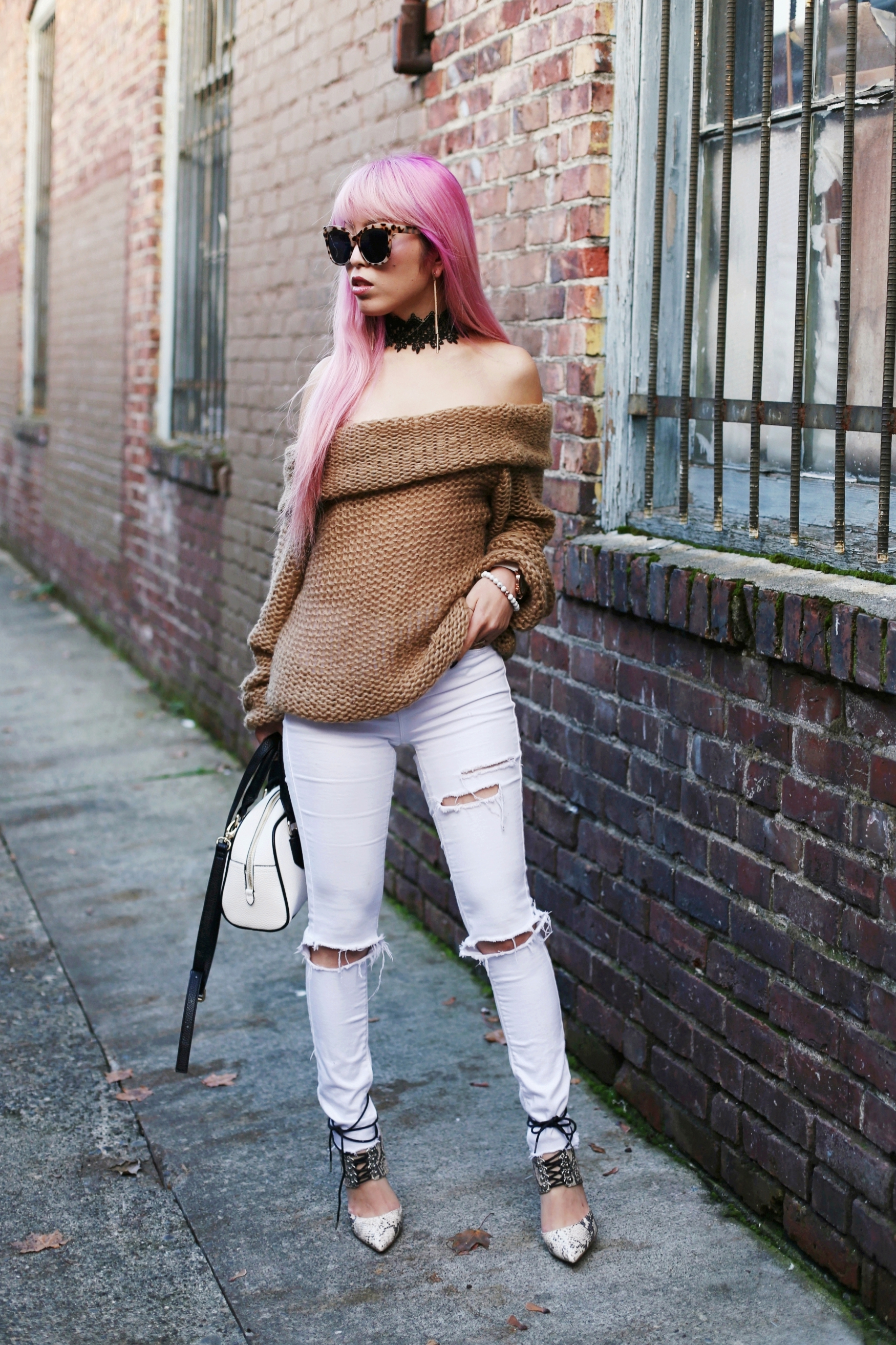 Urban Outfitters Sunglasses_Camel Off The Shoulder Sweater_TOPSHOP white jeans_ZARA Bag_ASOS Snake Skin Heels_Shop Dixi Lace Choker_Aika's Love Closet_Seattle Fashion Blogger_Japanese_Pink Hair_Colored Hair
