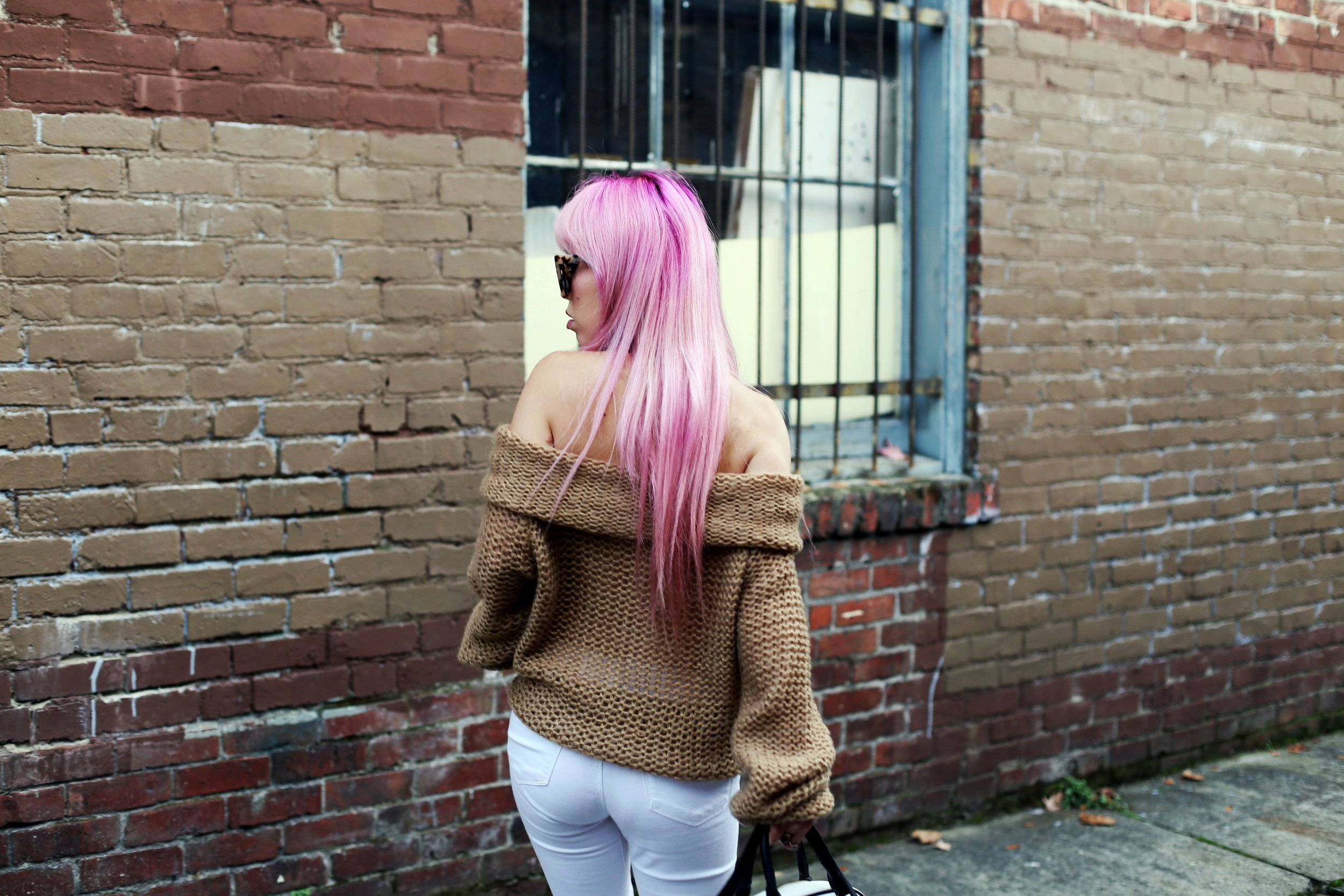 Urban Outfitters Sunglasses_Camel Off The Shoulder Sweater_TOPSHOP white jeans_ZARA Bag_ASOS Snake Skin Heels_Shop Dixi Lace Choker_Aika's Love Closet_Seattle Fashion Blogger_Japanese_Pink Hair_Colored Hair 10