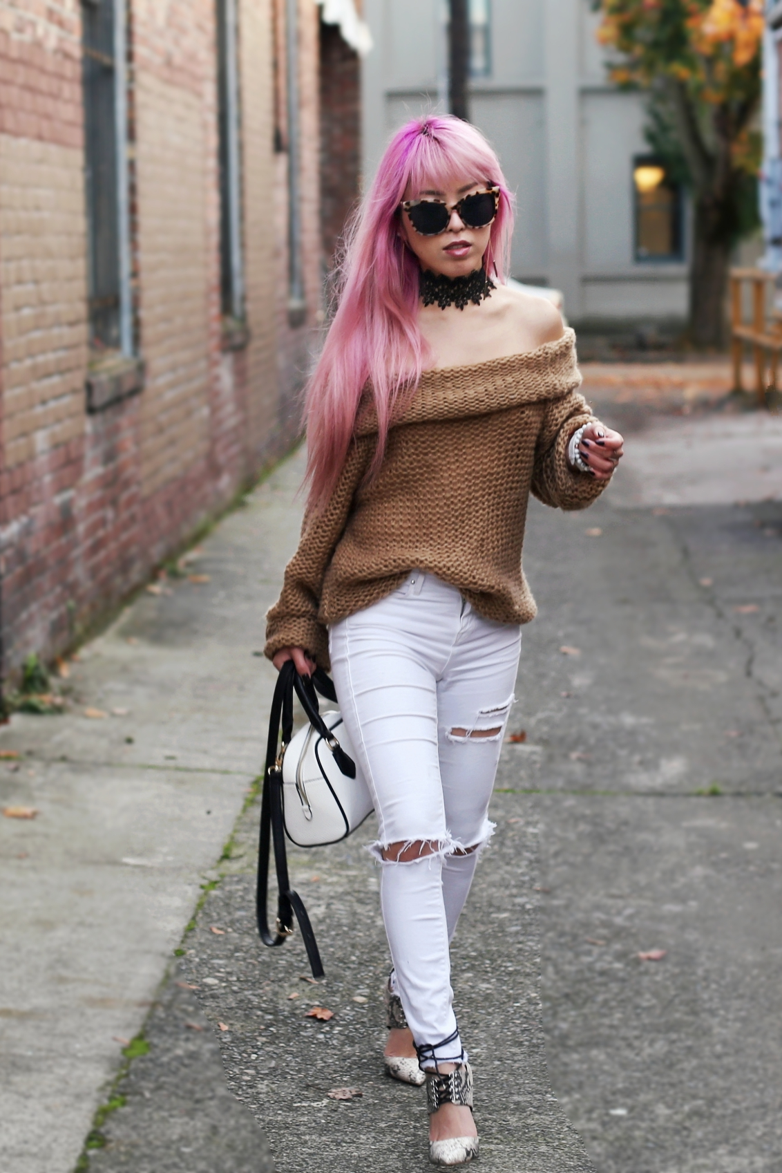 Urban Outfitters Sunglasses_Camel Off The Shoulder Sweater_TOPSHOP white jeans_ZARA Bag_ASOS Snake Skin Heels_Shop Dixi Lace Choker_Aika's Love Closet_Seattle Fashion Blogger_Japanese_Pink Hair_Colored Hair 17