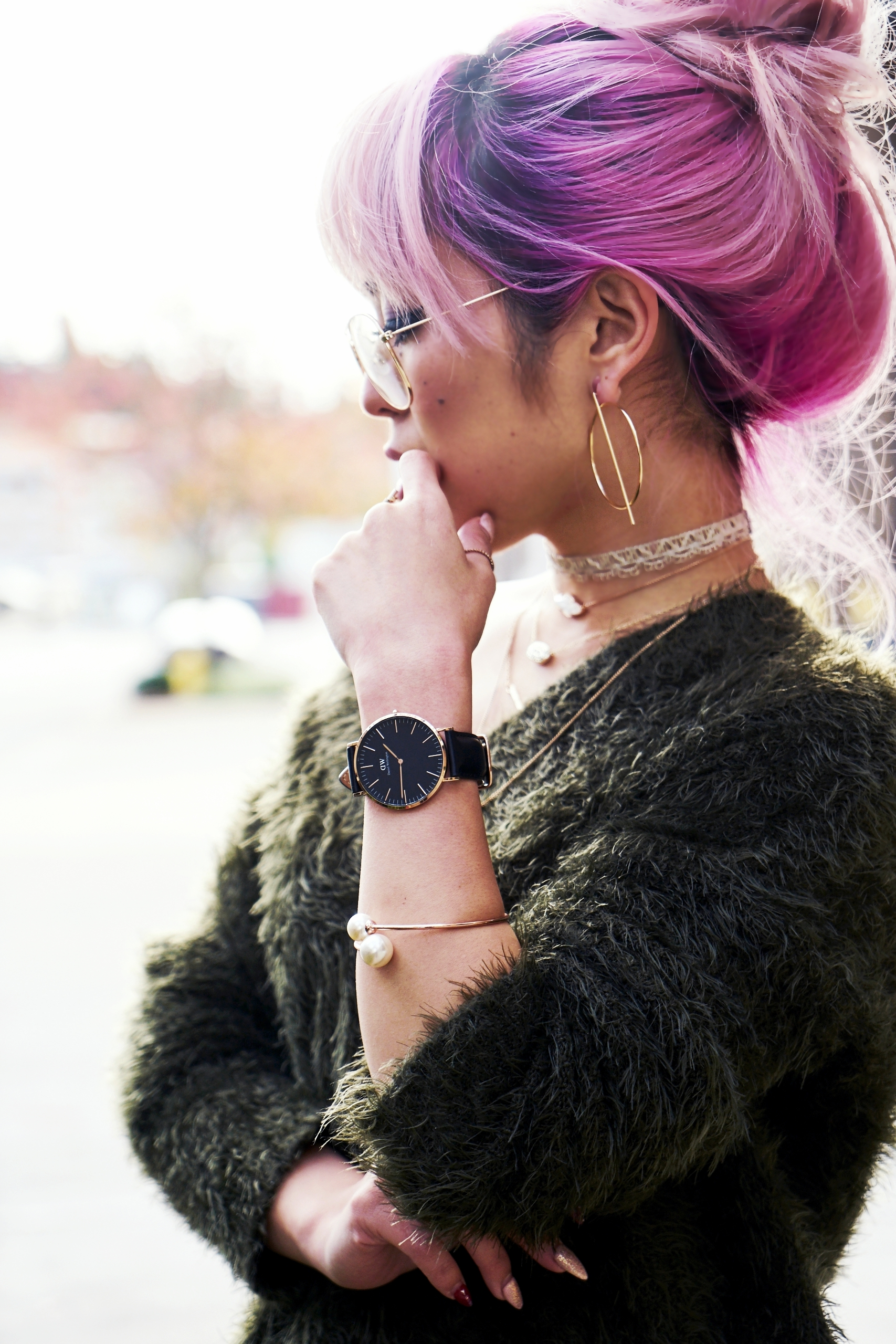 H&M olive chunky sweater-H&M cropped trousers-ASOS python lace-up pumps-ZARA navy velvet bag-mango earrings-Daniel Wellington Watch-Clear Lens aviator-Aika's Love Closet-Seattle Style blogger-japanese-pink hair-colored hair 5