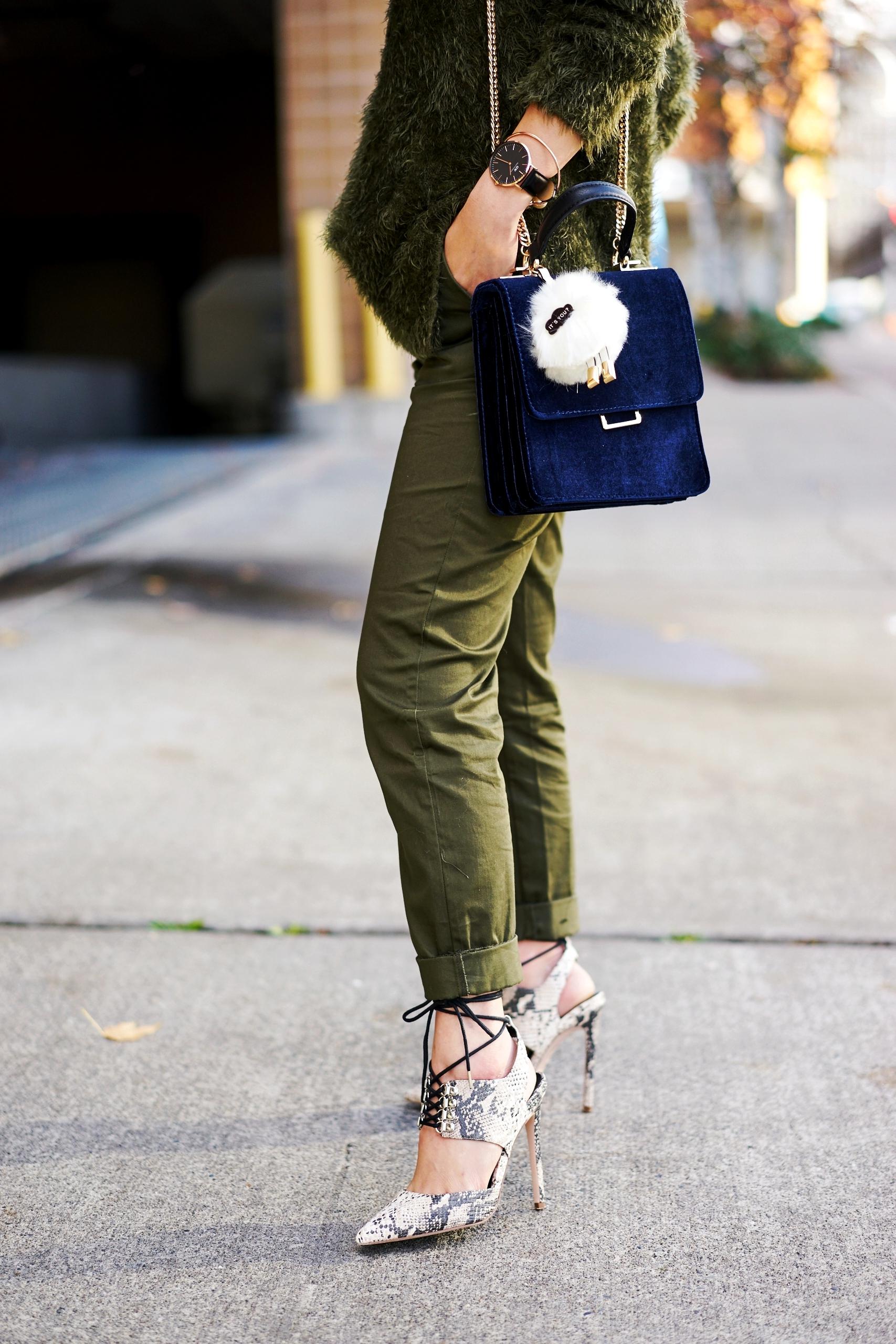 H&M cropped trousers-ASOS python lace-up pumps-ZARA navy velvet bag-mango earrings-Daniel Wellington Watch-Clear Lens aviator-Aika's Love Closet-Seattle Style blogger-japanese-pink hair-colored hair