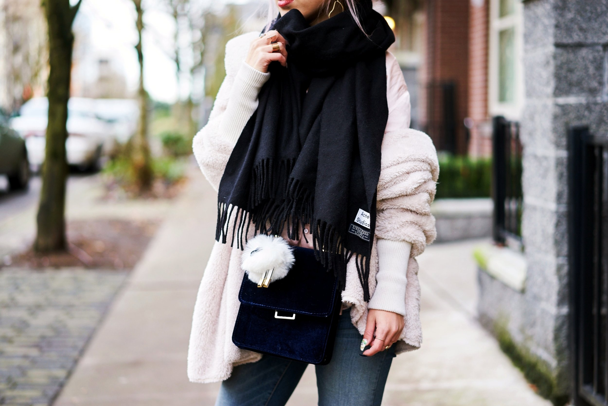Acne Studios Canada wool Scarf black-zara velvet crossbody bag-hudson jeans skinny jeans-lack of color the coco boater-Justfab KAIYA booties-Aika's love closet-Seattle fashion style blogger-japanese-pink hair