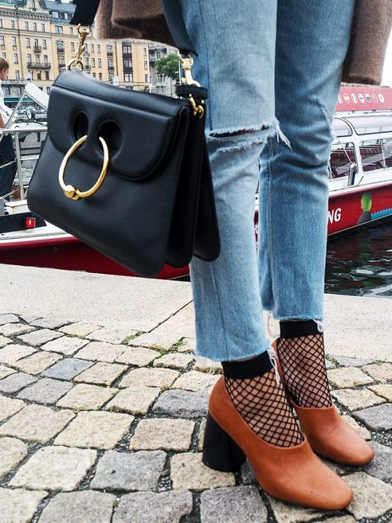 Aika's Love Closet-90's trend-fishnet tights and socks-inspiration-street style-Seattle Fashion Blogger from Japan 6