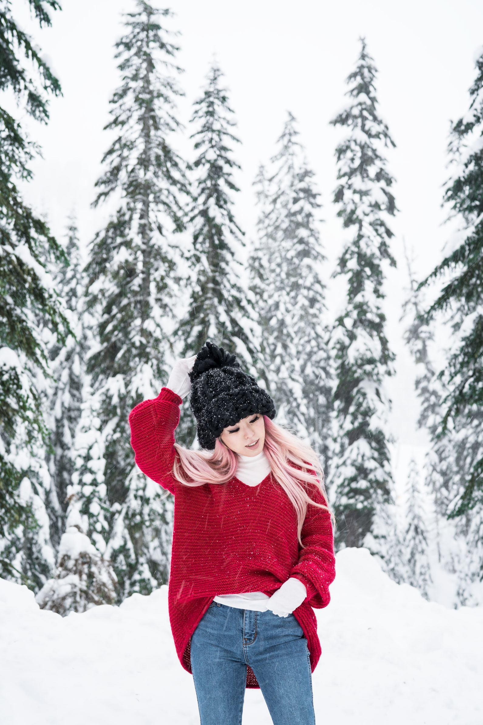 Free people All Mine Sweater, Free People Modern Cuff Layering Top, Free People Ace High Rise Jeans, Free People Bobbi Chunky Pom Beanie, EGO Ankle Boots, Aika's Love Closet, Seattle Fashion Blogger from Japan, Pink Hair,
