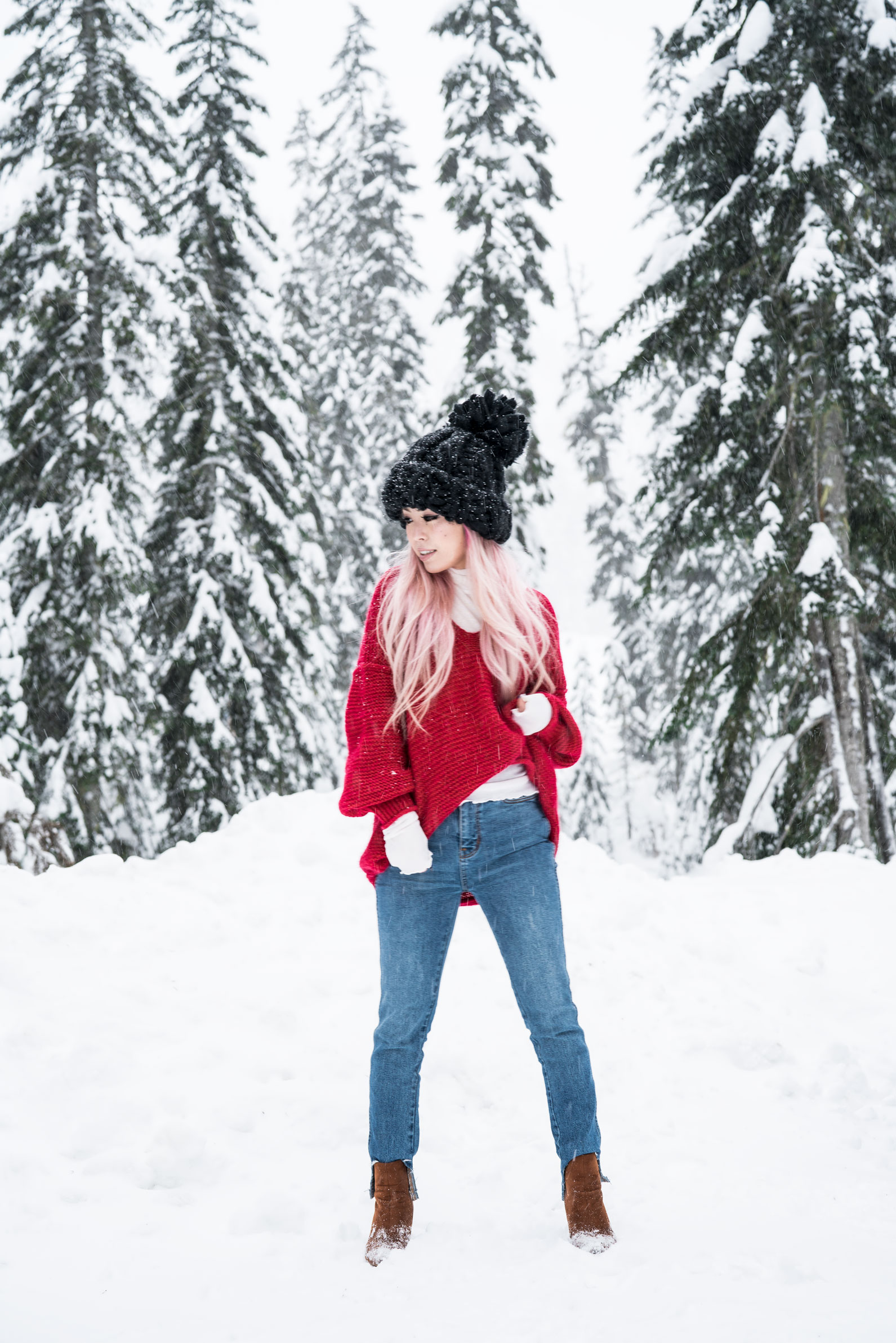 Free people All Mine Sweater, Free People Modern Cuff Layering Top, Free People Ace High Rise Jeans, Free People Bobbi Chunky Pom Beanie, EGO Ankle Boots, Aika's Love Closet, Seattle Fashion Blogger from Japan, Pink Hair 8