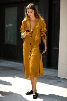 Yellow gold shirt dress-street style inspiration-aikas love closet-seattle style blogger-japanese.jpg