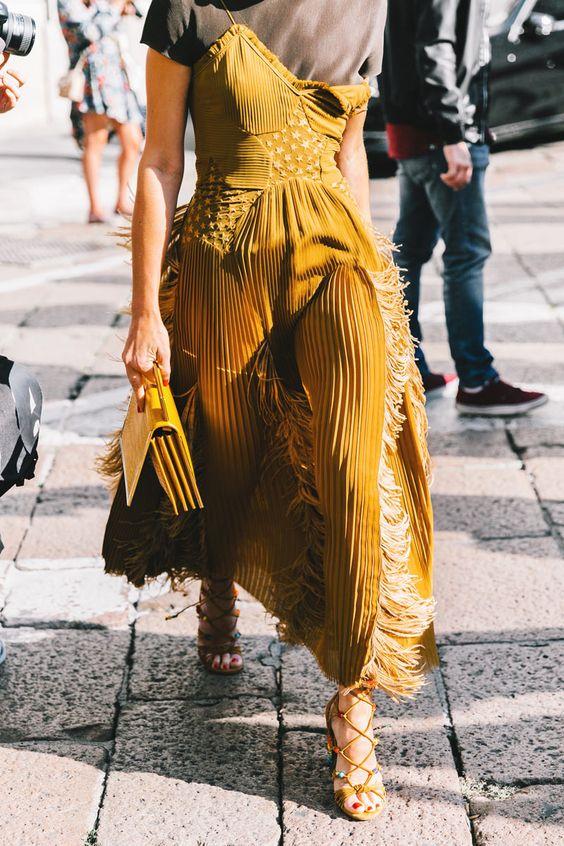Yellow maxi dress - yellow bag - yellow sandals - street style - inspiration -aikas love closet-seattle style blogger-japanese.jpg