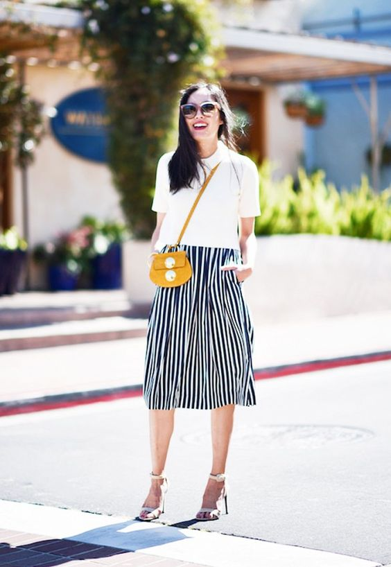 Yellow mini chloe crossbody bag-street style - inspiration- aikas love closet-seattle style blogger-japanese.jpg