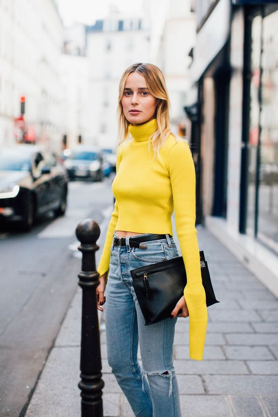 Yellow turtleneck top sweater-street style inspiration-aikas love closet-seattle style blogger-japanese.jpg