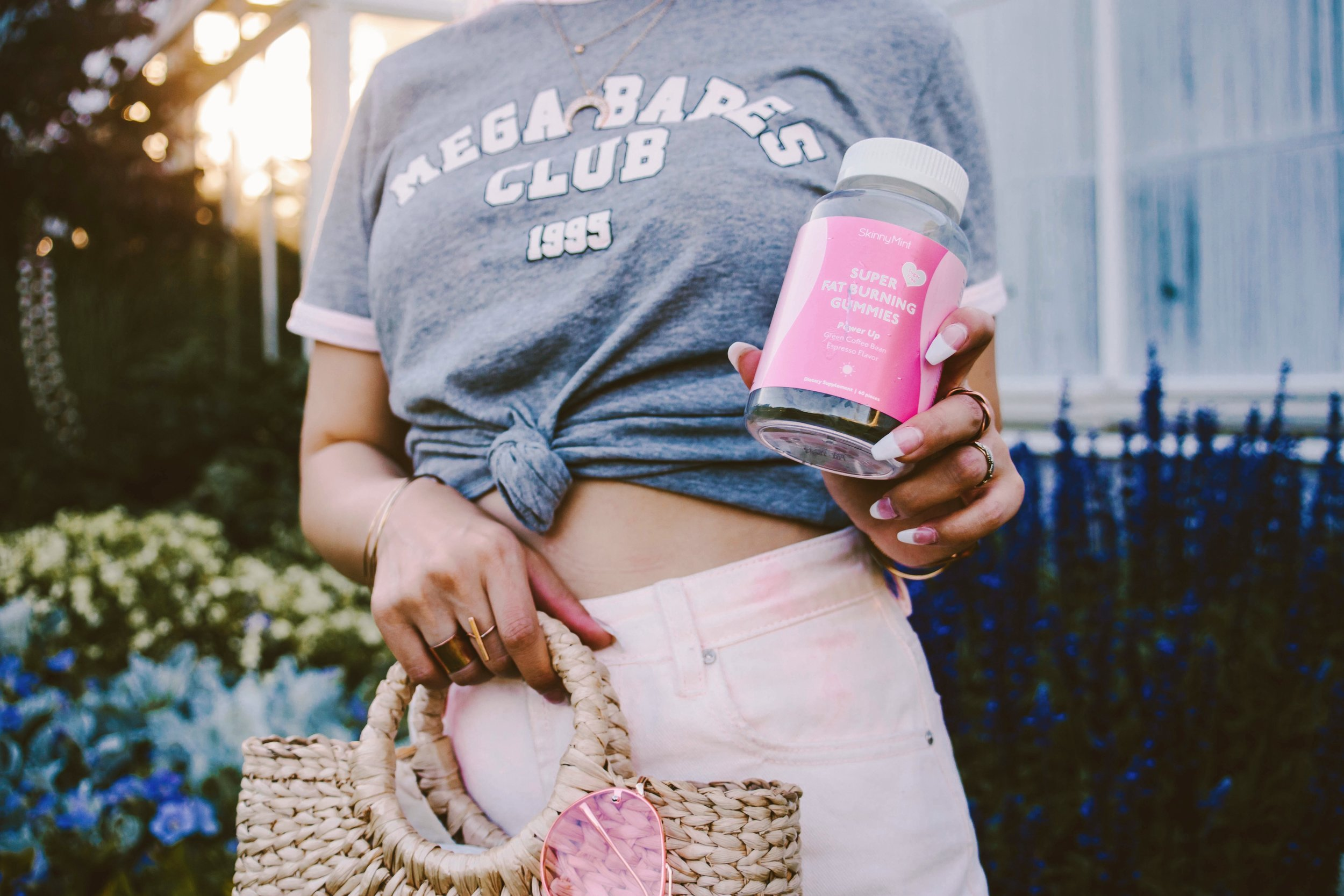 SkinnyMint Super Fat Burning Gummies_Purple Hair_Lifestyle_healthy-ootd-pony tail-summer-happy-supliment-fut burning-weight loss-style blogger-seattle fashion blogger-japanese-colored hair 2