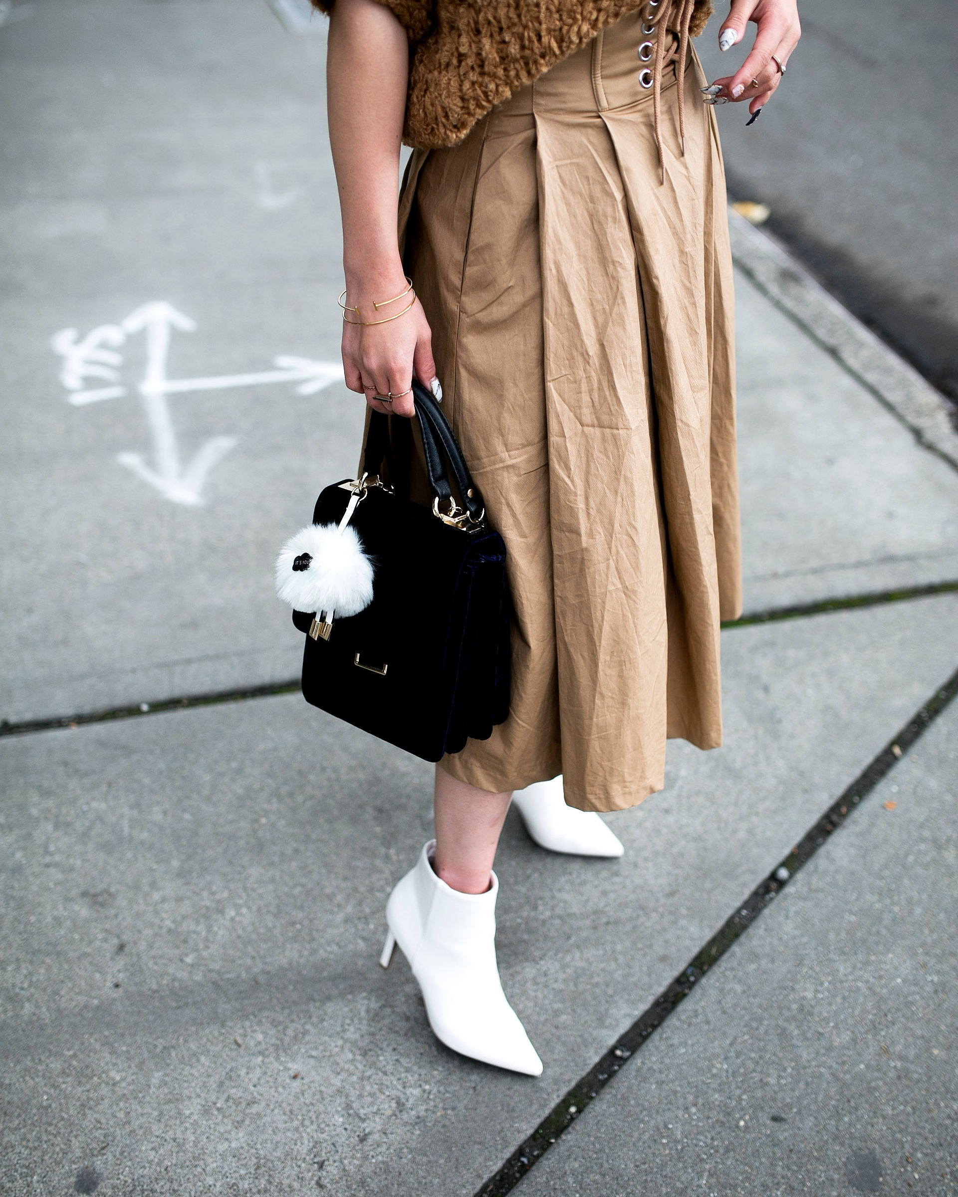 Forever 21 Fluffy White Beret, Express Pearl Collar Necklace, Thrifted Teddy Camel Top, H&M High-waisted camel midi skirt, zara velvet bag, Forever 21 White Ankle Boots, Aika's Love Closet, Seattle Fashion Style Blogger, Japanese, pink hair, street style, petite fashion  4