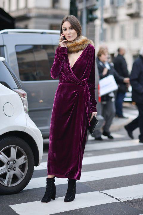 Top Velvet Fashion Trends for winter- aika's Love closet-japanese-seattle style fashion blogger-colored hair- Velvet Burgundy Dress Street Snap.jpg