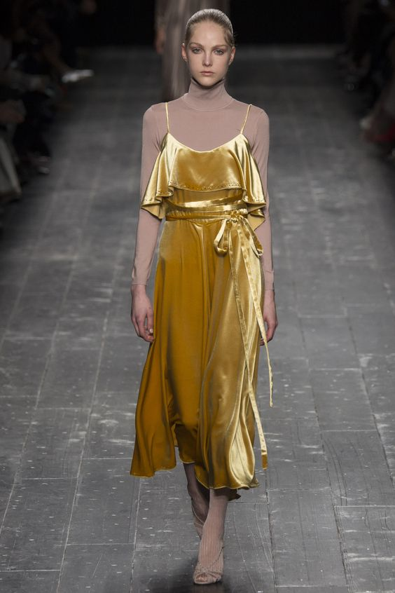 Top Velvet Fashion Trends for winter- aika's Love closet-japanese-seattle style fashion blogger-colored hair-zara Yellow velvet Dress.jpg