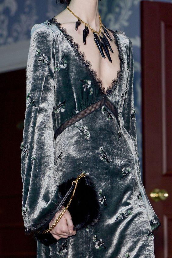 Top Velvet Fashion Trends for winter- aika's Love closet-japanese-seattle style fashion blogger-colored hair- embroidered velvet dress.jpg