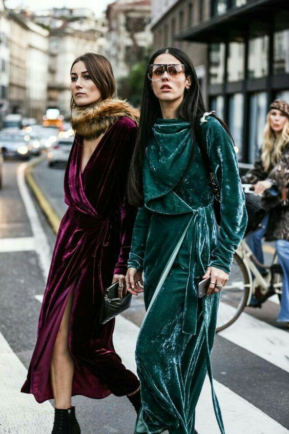 Top Velvet Fashion Trends for winter- aika's Love closet-japanese-seattle style fashion blogger-colored hair- burgundy and green velvet dress - street snap.jpg